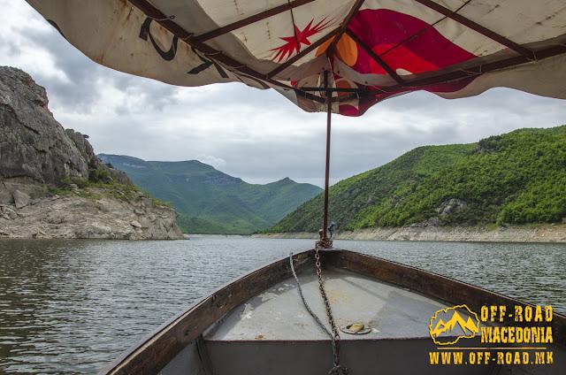 Boat trip in Tikvesh Lake, Macedonia