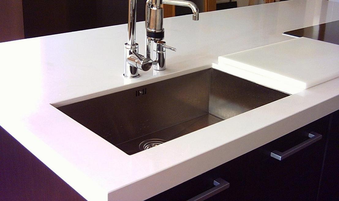 Fregaderos bajo encimera c modos y elegantes cocinas con estilo ideas para dise ar tu cocina - Fregadero de granito ...