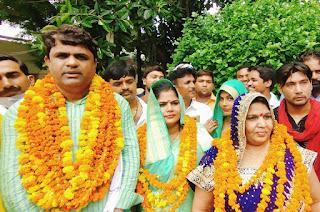 निर्विरोध बरसठी की प्रमुख चुनी गई अनिता शुक्ला, क्षेत्र में खुशी की लहर    #NayaSaberaNetwork