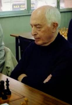 Josep Paredes en una de sus últimas partidas de ajedres