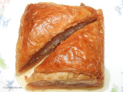 Reteta baclava turceasca traditionala de casa cu nuca si sirop retete culinare deserturi si prajituri baklava sarailie,