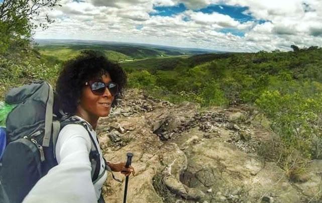 'Juju Natureza' trabalha há sete anos nas montanhas da Chapada (Foto: Divulgação)
