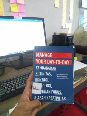 Manage Your Day To Day - Scott Belsky