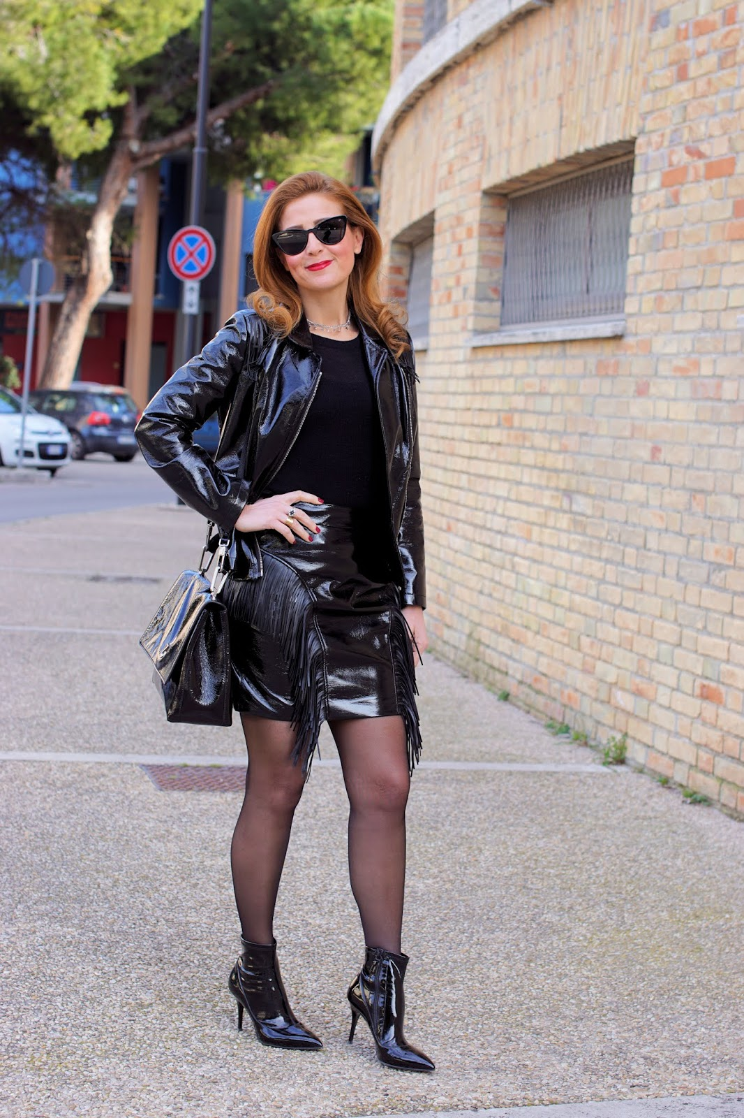 How to wear the Vinyl trend: vinyl miniskirt and sheer tights on Fashion and Cookies fashion blog, fashion blogger style