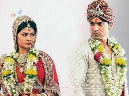 TOTAL WORLD ENTERTAINMENT: aarti weds yash in punnar vivvah