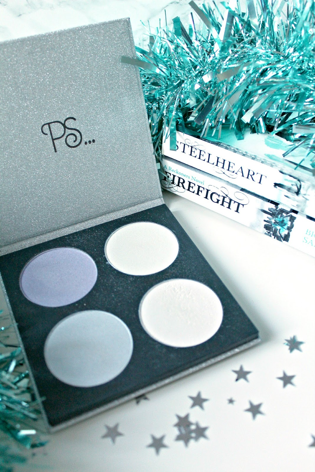 primark lunar glow highlight palette review