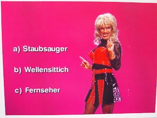 Marco Mommsen , RTL TV.Kaiser ( Parodie-Dolly Buster )