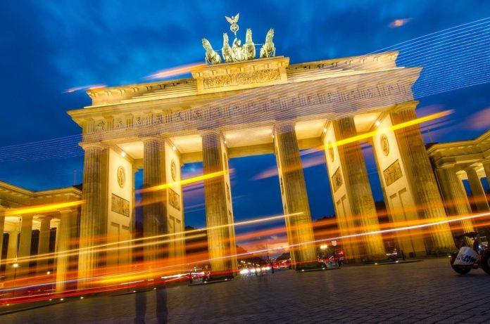 """Η Γερμανία """"παγώνει"""" το Ταμείο Ανάκαμψης!"""