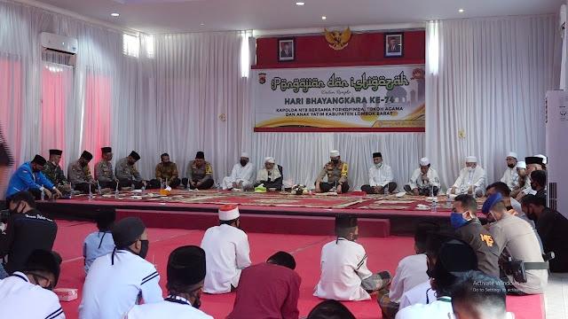 Peringati HUT Bhayangkara, Polres Lombok Barat Gelar Istigosah