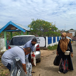 Alhamdulillah, Warga Lampung Utara yang Mengalami Lumpuh Mendapat Bantuan Kursi Roda