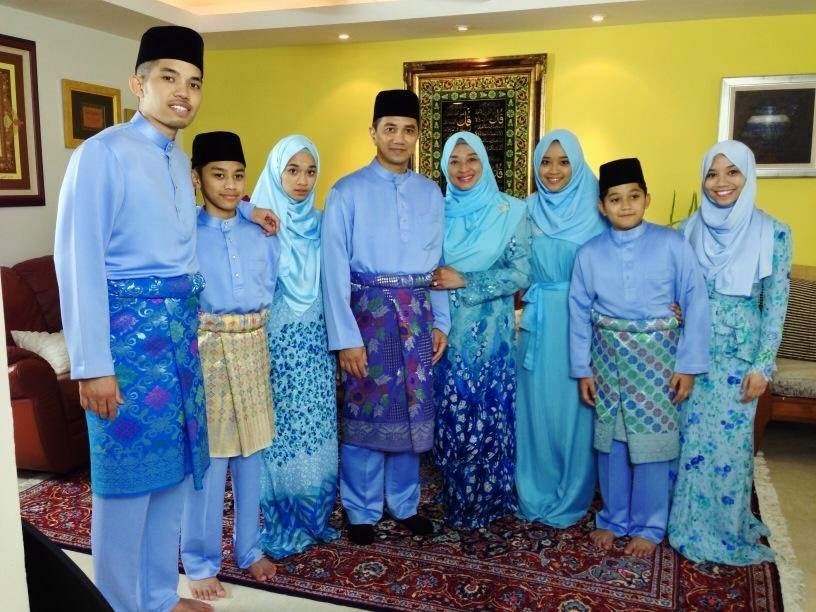 Gambar Gambar Family Potret Menteri Besar Selangor Azmin