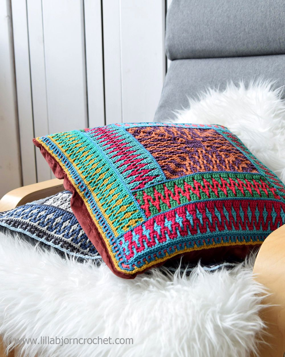 Like A Kelim Pillow Reveal Lillabjörn S Crochet World