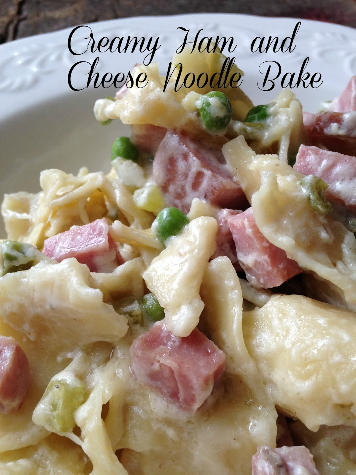 Turnips 2 Tangerines: Creamy Ham and Swiss Noodle Bake
