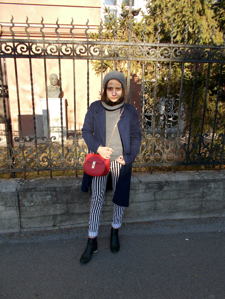 ps minimalist blog, fashion and beauty blogger valentina batrac,teen style bloggers from croatia,hrvatske modne blogerice,street style fall winter 2016 and 2017,how to wear striped trousers,how to style striped trousers,outfit inspiration winter