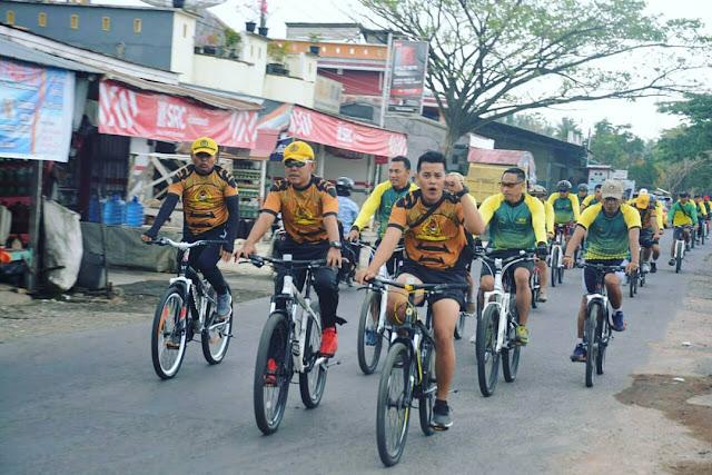 Puluhan Personel Makorem 141/Tp Bersepeda Keliling Kota dan Sejumlah Kecamatan