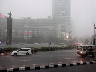 Siang Nanti Jakarta Diprediksi Bakal Diguyur Hujan