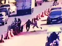 Hindari Razia Kendaraan Oleh Petugas, Seorang Pengendara Motor Nekat Tabrak Pembatas Jalan