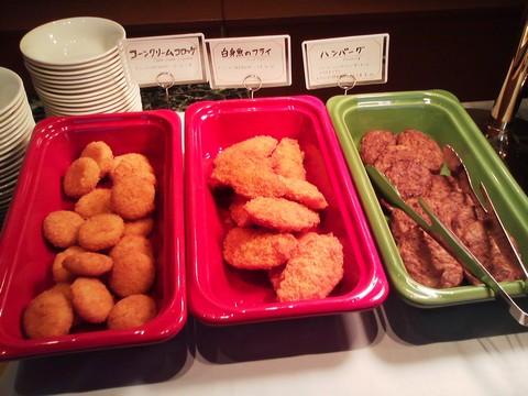 ビュッフェコーナー:揚げ物 オーセントホテル小樽カサブランカ