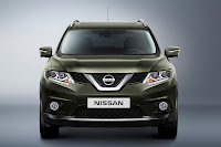 Nissan X-Trail front