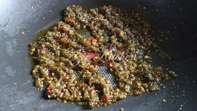Sambal Ikan Bilis Melaka Yang Sedap Meletop