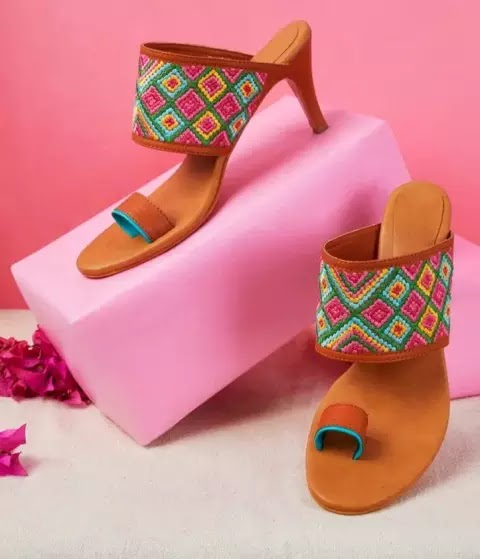 women-should-wear-such-beautiful-sandals-in-wedding-party