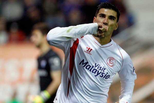 Muere el  futbolista José Antonio Reyes en accidente de tráfico en Sevilla