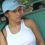Andrea Rincon, Selena Spice Galeria 33: Gorra Azul, Cachetero Azul Foto 31