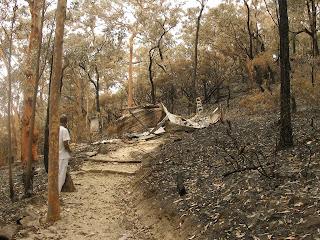 Az ausztrál bozóttüzek a kolostorokat is fenyegetik