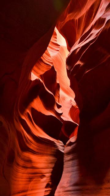 HD Canyon Cavern Wallpaper