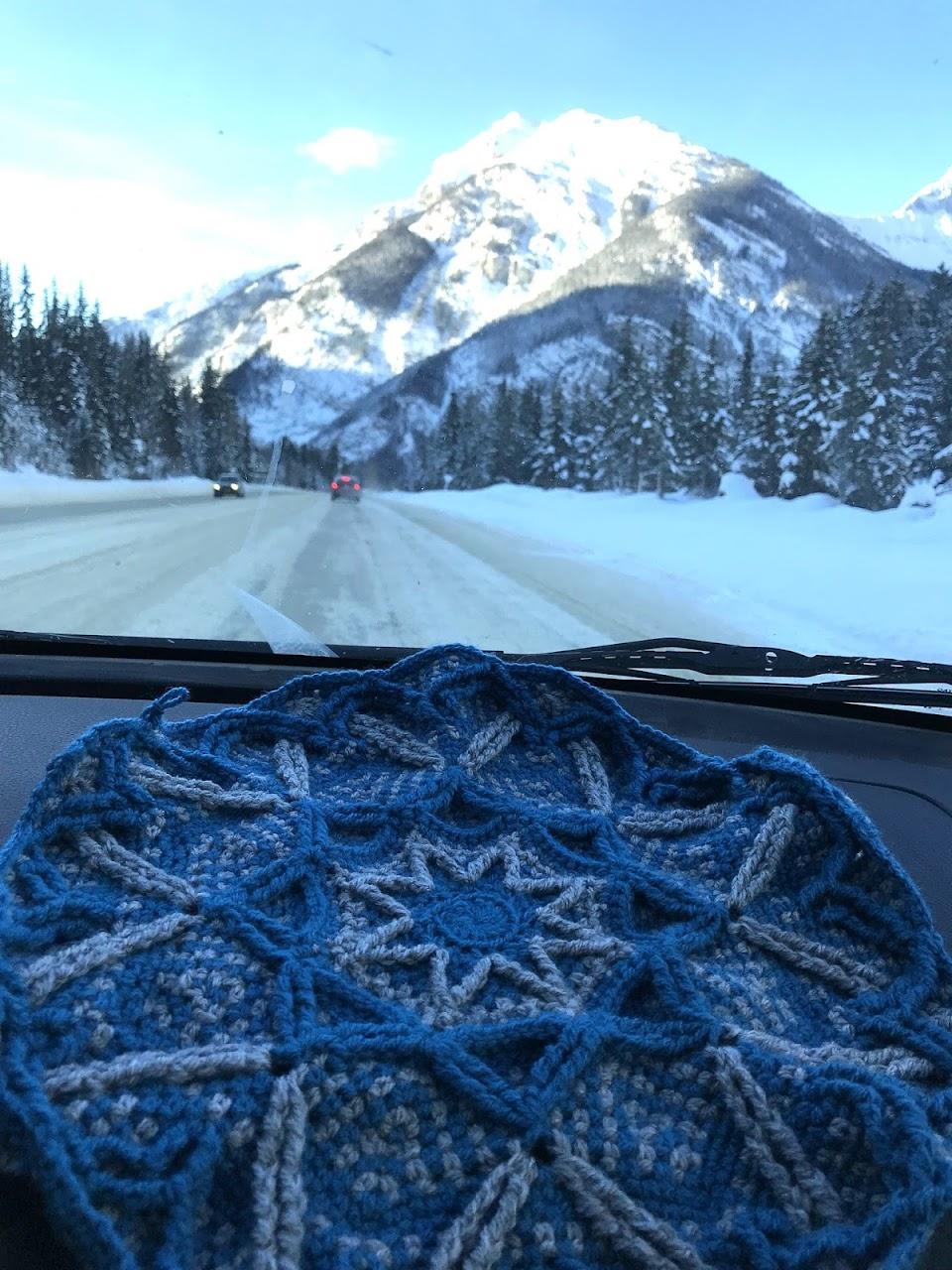 First Snow overlay crochet blanket - pattern on www.lillabjorncrochet.com