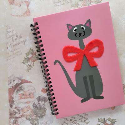 libreta-rosa-con-gato-gris-tiger-shop