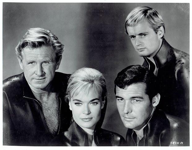 """Pop '66 Movies """" World Under Sea"""""""