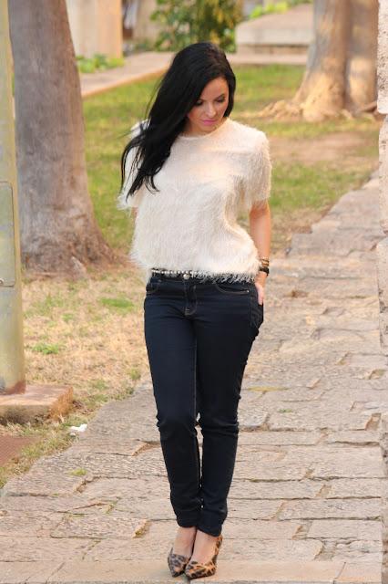 camiseta pelo blanco zara