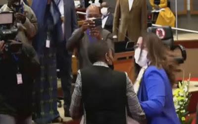 الإعتداء على برلمانية مغربية خلال انتخاب رئيس جديد للبرلمان الإفريقي