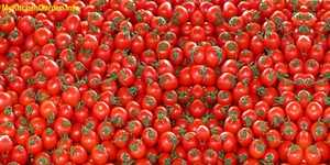 Best Anti-Aging Foods- Tomatoes.