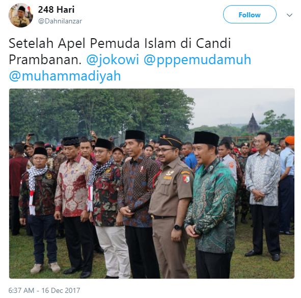 VIRAL Bikin HEBOH Foto Sultan Berdiri di Belakang Grup Foto Jokowi, Padahal Begini Faktanya