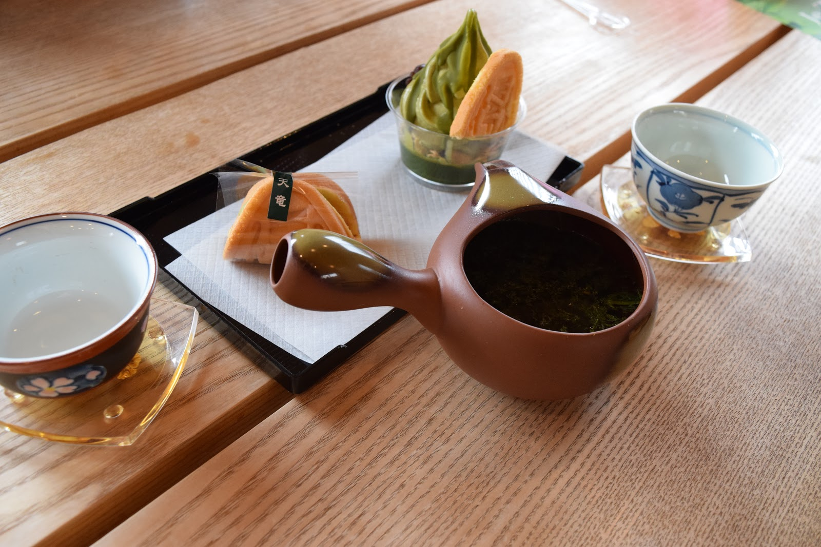 green tea and sweets in Chamachi Kinazaburo Shizuoka city