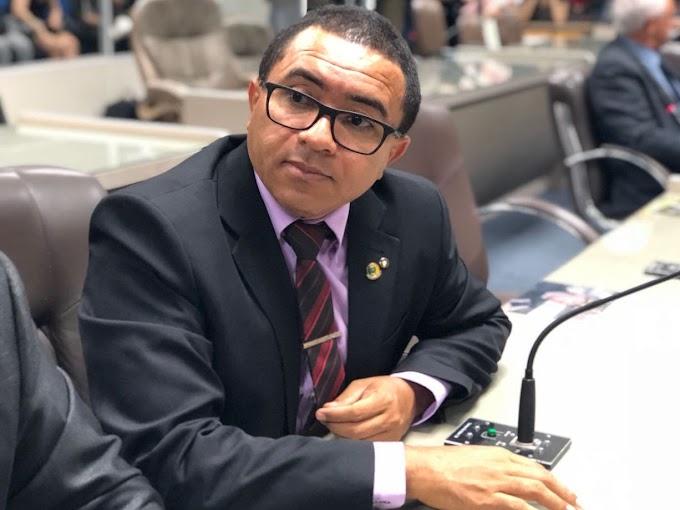 Reeleito, Alexandre do Sindicato deve disputar presidência da Câmara