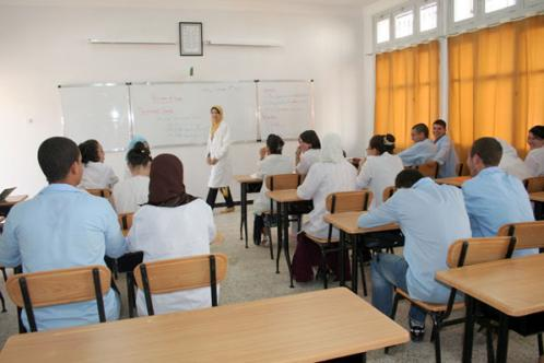 إرتفاع عدد المناصب الشاغرة بسبب إقصاء مئات الأساتذة الإحتياطيين الغائبين عن التكوين جويلية 2017
