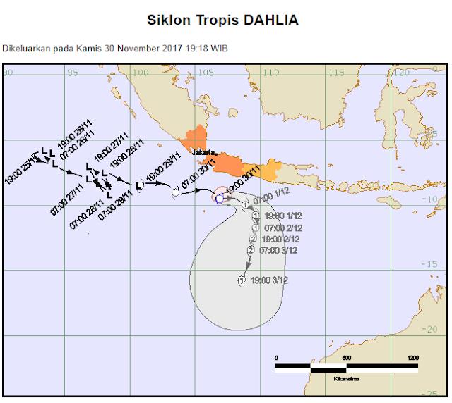 Cuaca Ekstrem dan Gelombang Tinggi di Selat Sunda, Pelabuahan Merak dan Bakauheni Ditutup
