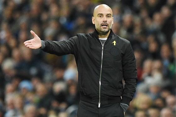 Pep Guardiola thất vọng khi Man City để mất bóng quá nhiều