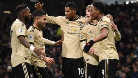 Rashford seals victory for Manchester United at Burnley