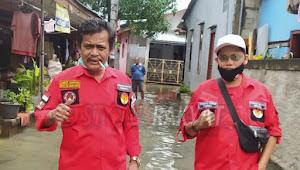 Ketua PBB Medan Satria Turun Membantu Korban Banjir di Rawapasung