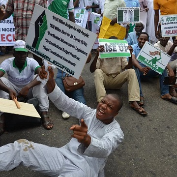 #OccupyNASS: Anti-Saraki Protesters Take Over National Assembly, See Photos
