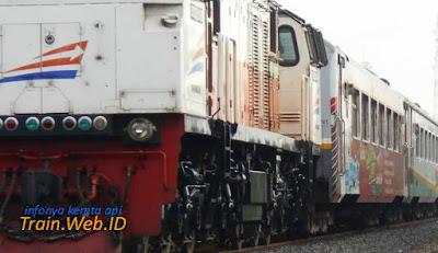 Kereta Api Taksaka