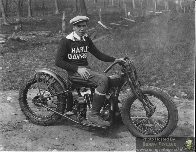 Oldmotodude 1928 Harley Davidson Peashooter Hill Climber: The DAH Harley-Davidson Factory Racer