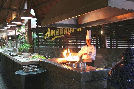 restoran singgasana hotel surabaya
