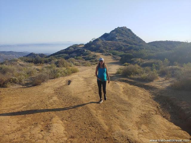 How to get to Topanga Lookout Trailhead California