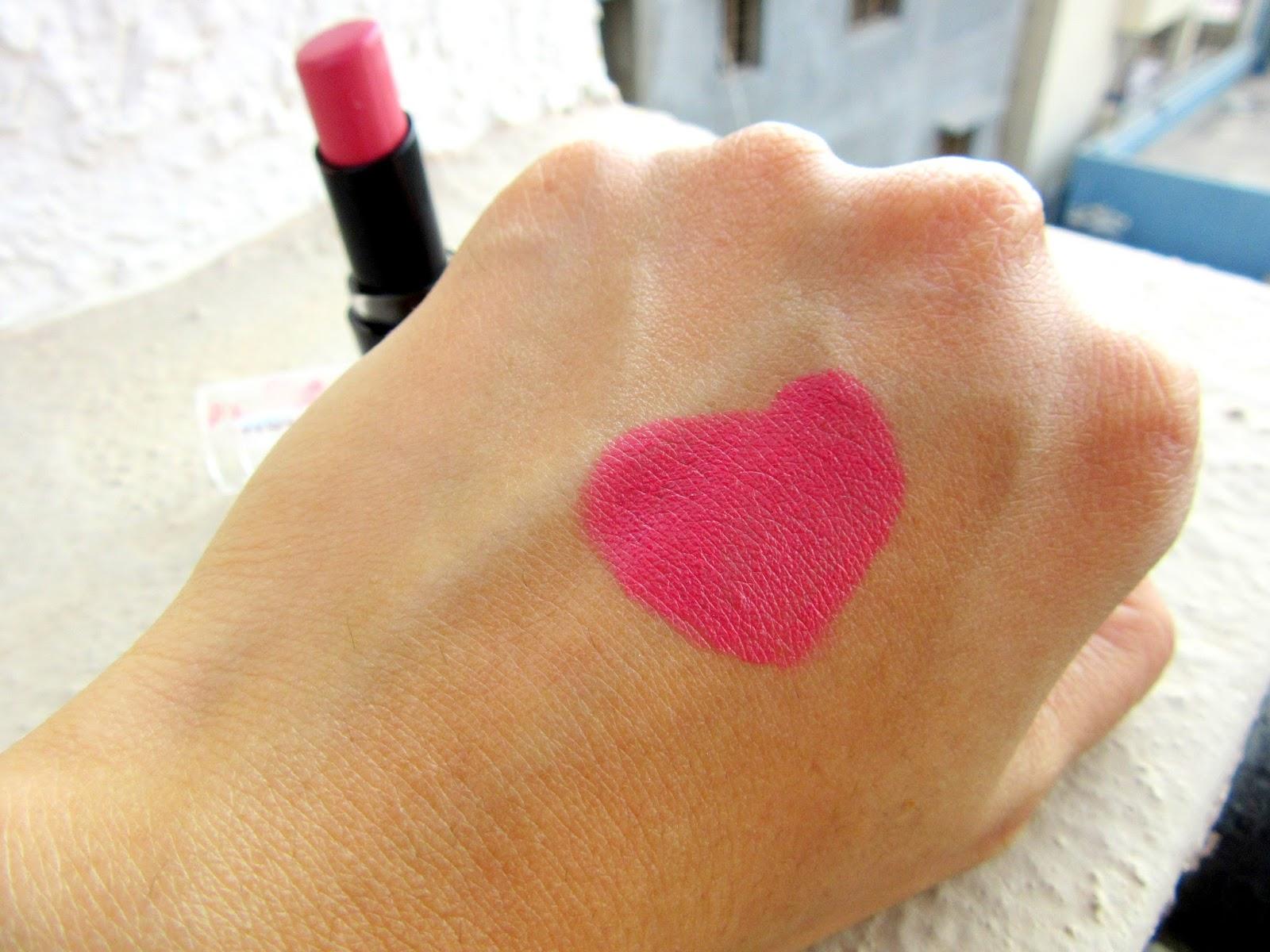 Wet n Wild Mega Last Lipstick 'Rose Bud' Review, Swatch, FOTD