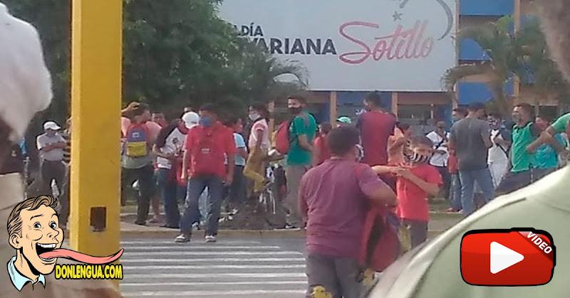 Intentaron saquear el Mercado Municipal de Puerto la Cruz